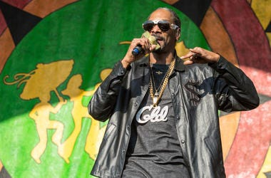 Snoop Dogg (Calvin Broadus Jr.) at New Orleans Jazz & Heritage Festival at Fair Grounds Race Track on May 6, 2017, in New Orleans, Louisiana (Photo by Daniel DeSlover/imageSPACE)
