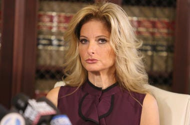 "LOS ANGELES, CA - OCTOBER 14: Summer Zervos, a former candidate on ""The Apprentice"" season five, who is accusing Donald Trump of inappropriate sexual conduct, speaks to the press with her attorney Gloria Allred October 14, 2016 in Los Angeles, California."