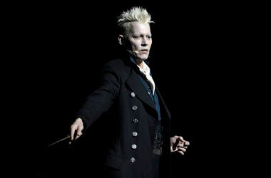 "Johnny Depp as Gellert Grindelwald in ""Fantastic Beasts: The Crimes of Grindelwald"""