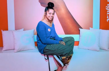 e.) Ella Mai attends the #TEAMPIXEL x GIRLGAZE launch event hosted by Google and & Amanda De Cadenet on November 15, 2017 in Los Angeles, California.
