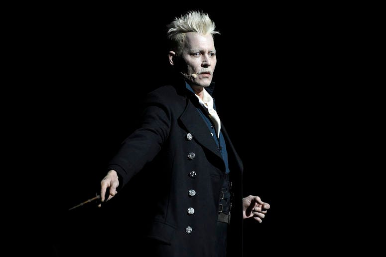 "Johnny Depp as Gellert Grindelwald in ""Fantastic Beasts: The Crimes of Grindelwald"""