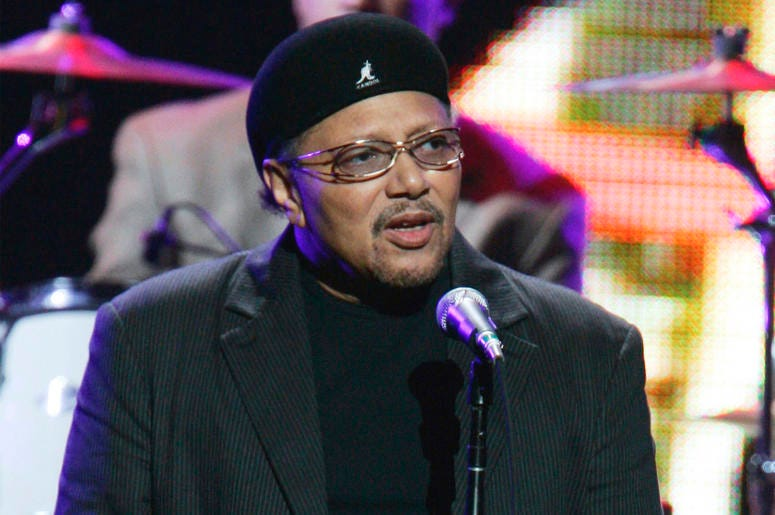 """This Sept. 20, 2005 file photo shows singer Art Neville performing during the """"From the Big Apple to the Big Easy"""" benefit concert in New York. (AP Photo/Jeff Christensen, File)"""