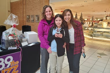 Sandy at Greece Ridge Mall!