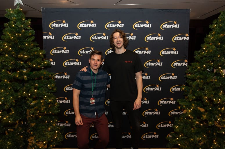 Dean Lewis Meet N Greet