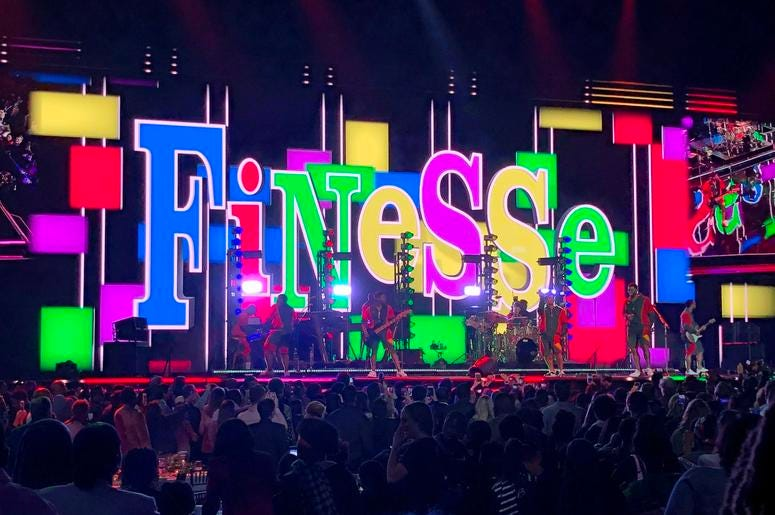 Bruno Mars performs 'Finesse' to launch his set