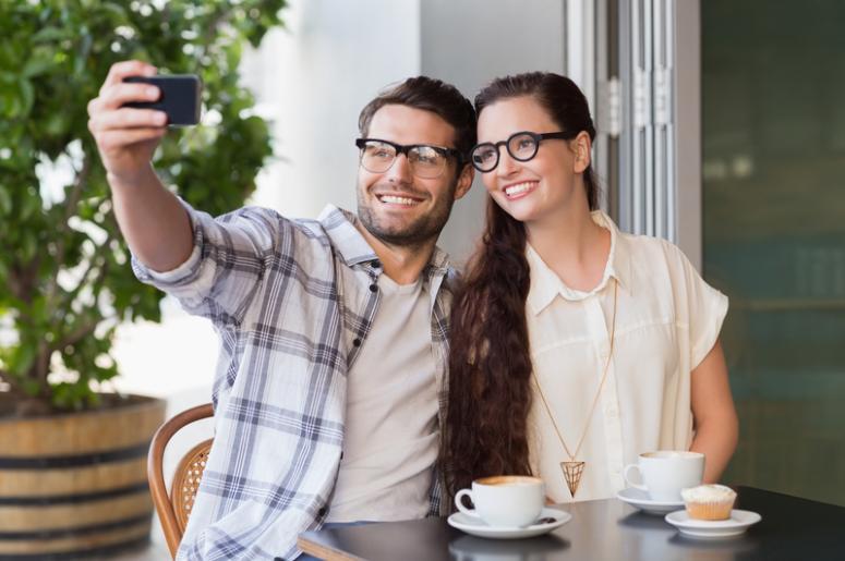 Selfie on a Date