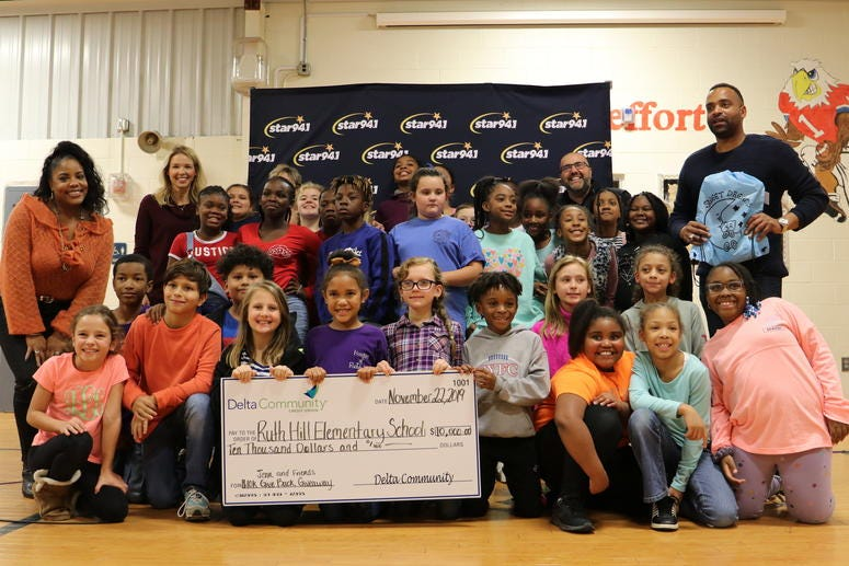 Ruth Hill Elementary wins Giveback Giveaway