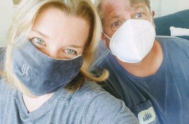 R & J Mask