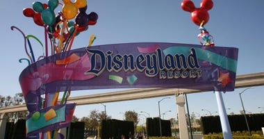 When Will Disneyland Reopen? California Theme Parks in Coronavirus-Induced Limbo