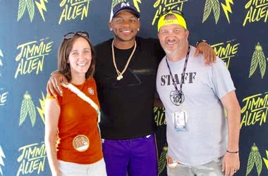 Jimmie Allen with Mo & StyckMan