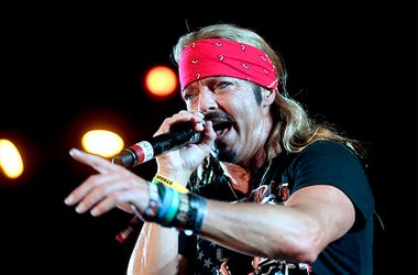 Bret Michaels on stage