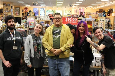 Mistress Carrie Vinyl For Vets Newbury Comics Winner