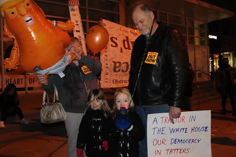 Atlanta Impeachment Protest_2