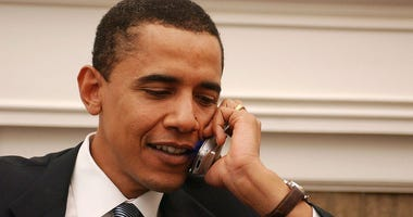 Barack Obama tweets out his number so you can text him: 'I want to hear how you're doing'