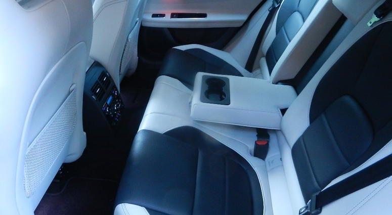 2018 Jaguar XF Sportbrake S AWD