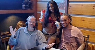 Hoch and Crowder at Twin Peaks