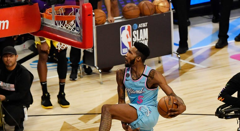 Derrick Jones Jr Dunk Contest