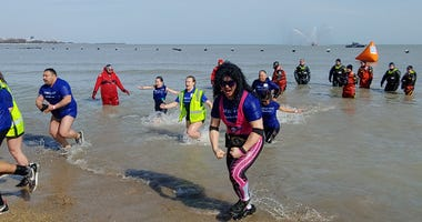 Thousands Plunge Into Lake Michigan For Special Olympics Fundraiser