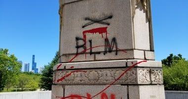 Columbus statue vandalized in Chicago