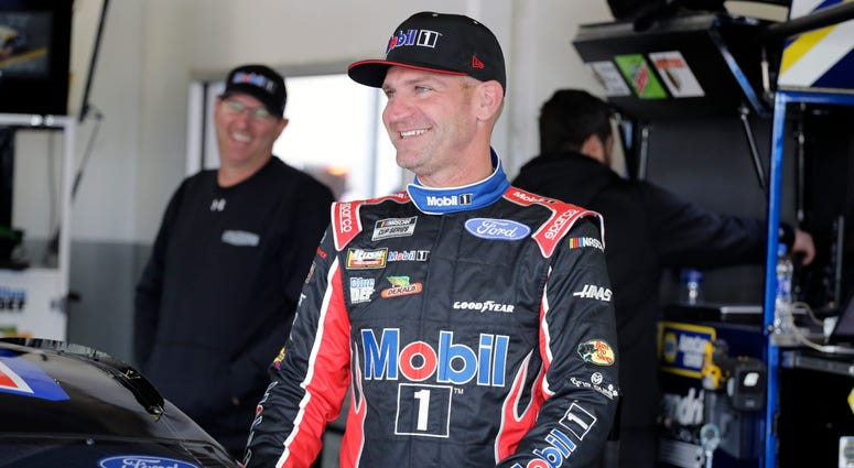 NASCAR funnyman Bowyer expands Fox gig