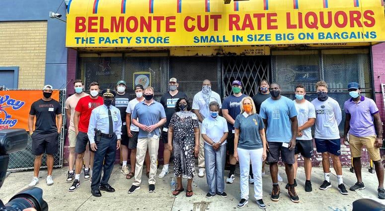 Current and former professional athletes from Chicago and elsewhere broke ground Tuesday on a new grocery store in the Austin neighborhood on the West Side.