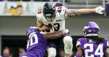 Bears Beat Vikings In Season Finale To Finish 8-8