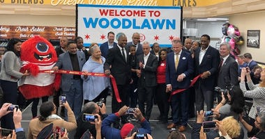 Mayor Emanuel cuts ribbon at grand opening of Jewel in Woodlawn