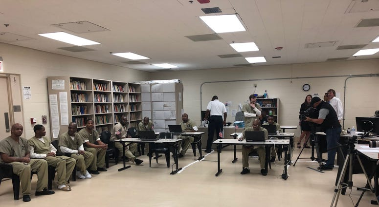 A two-day online chess tournament, a first-of-its-kind, has Cook County Jail detainees playing inmates in prisons in six other countries.