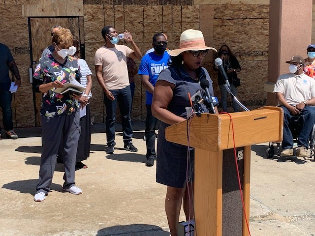 Some of Illinois' African American lawmakers are calling for an end to the looting and violence in Chicago and across the state.