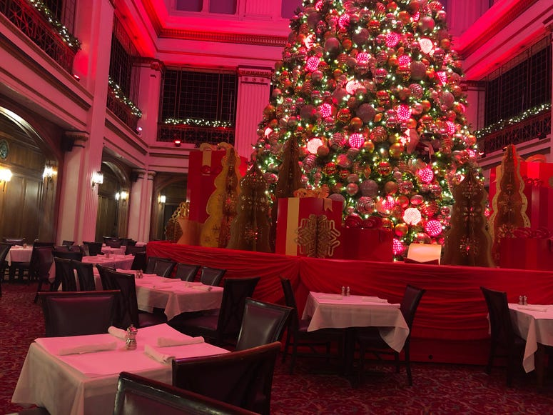 The Walnut Room at Macy's on State Street