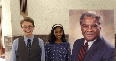 Students Study Harold Washington