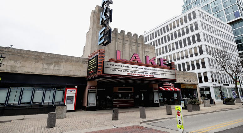 Lake Theater Oak Park