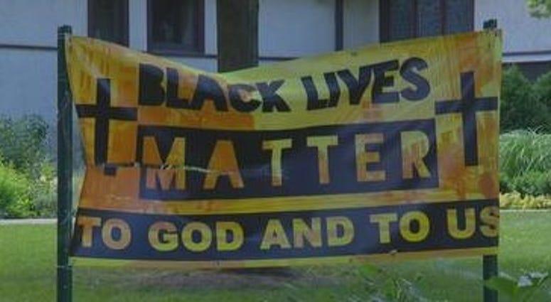 Oak Park Black Lives Matter sign