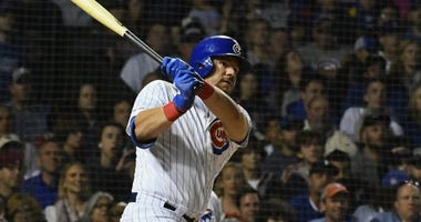 Cubs' Schwarber Feeds Police, Firefighters, EMTs