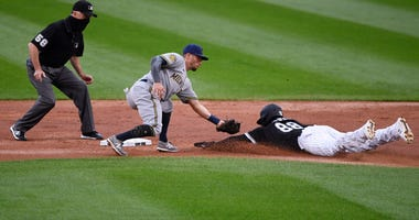 White Sox V Brewers