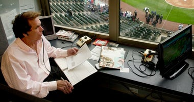 Ed Farmer, White Sox Broadcaster, Former Pitcher, Dies At 70