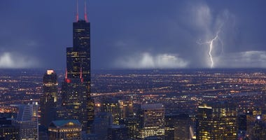 Chicago Thunderstorm rain lightning