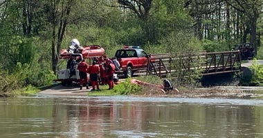 Search ended for woman swept into DuPage River while walking dogs in Winfield