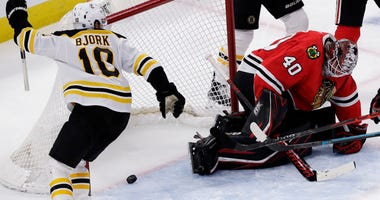 Blackhawks Bruins