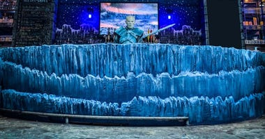 Replay Lincoln Park Game of Thrones Pop Up