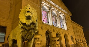 The lion statue which had its face mask stolen April 30, 2020.