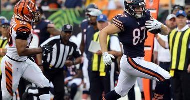 Bears tight end Adam Shaheen, right