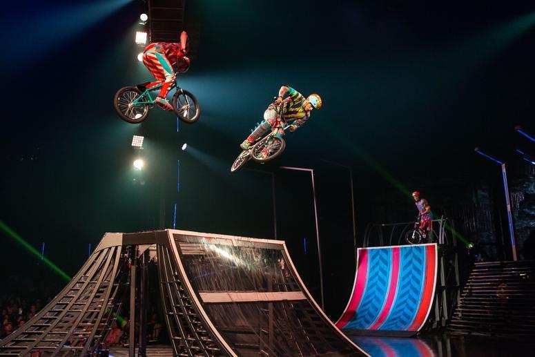 VOLTA, Cirque du Soliel's big top show
