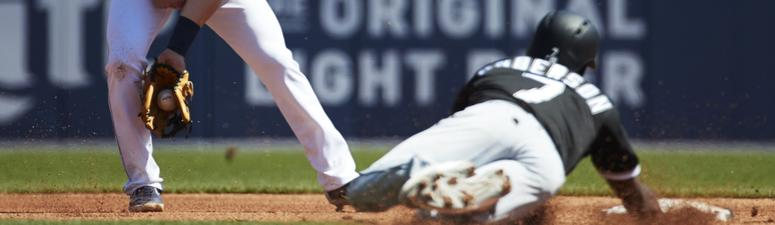 White Sox Fall To Tigers