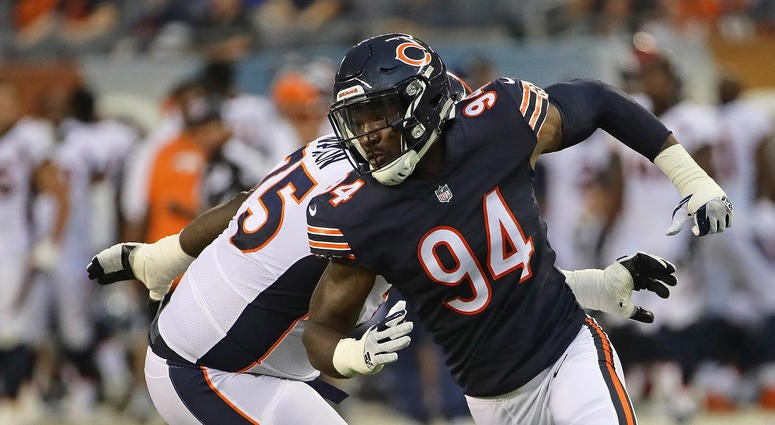 Bears outside linebacker Leonard Floyd