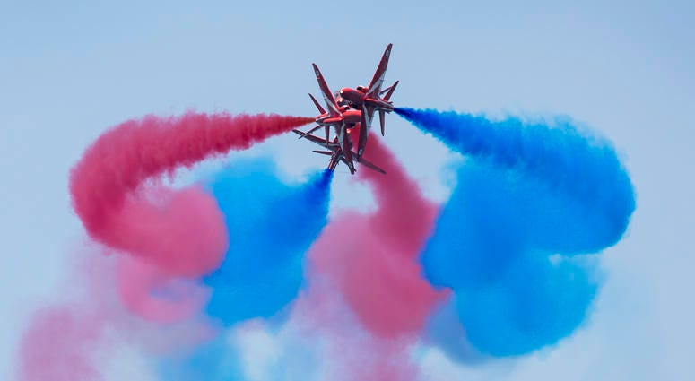 Sunday's Chicago Air And Water Show Delays But Delights