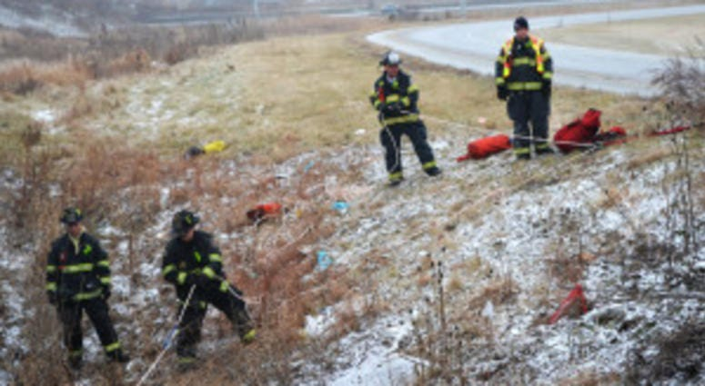 Man Killed In Fall From Highway Barrier After 5 Car Crash On I-94