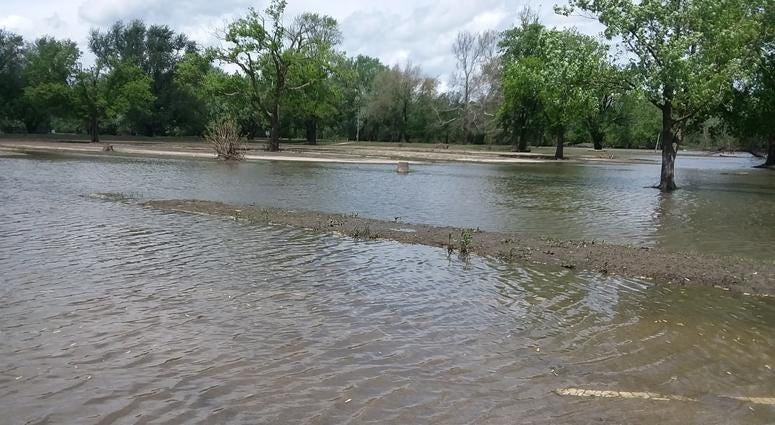 Flooding at Starved Rock's parking lots