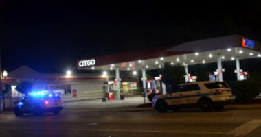 Police investigate a shooting about 11:45 p.m. Friday, August 31, 2018 in the 800 block of West 59th St. in Chicago