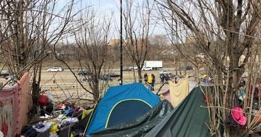 This is spring cleaning day at the homeless encampment along the Dan Ryan Expressway near Roosevelt Road, but the city is not permanently removing the residents.